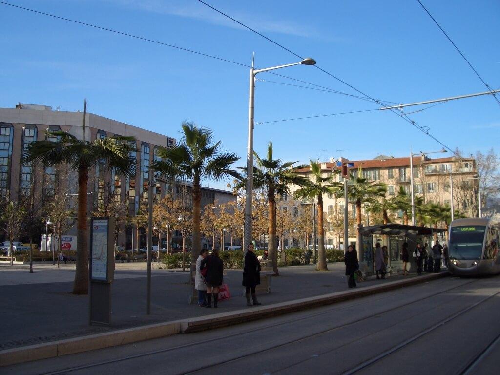nice-est-parvis-de-europe-centre-congres-nice