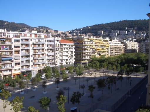 Nice Est Place Arson Avenue République Boulevard Delfino Quartier de Saint Roch Quartier de Pasteur
