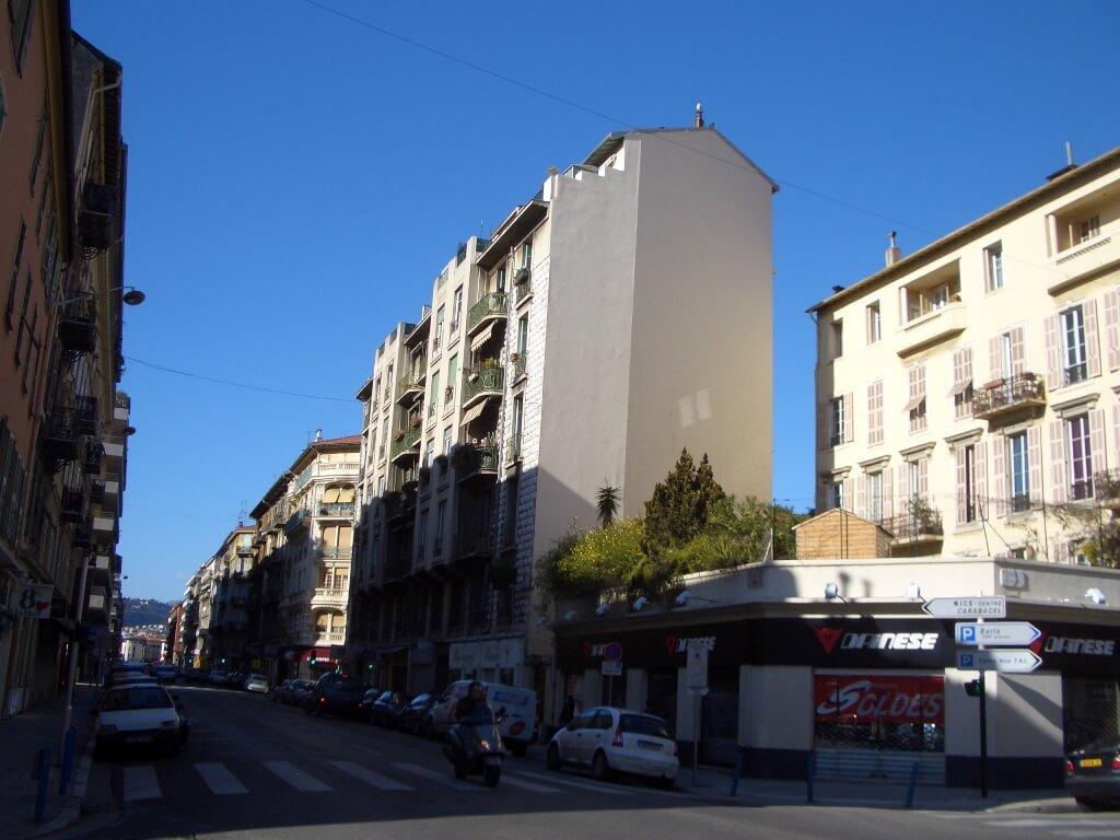 nice-est-rue-barla-place-max-barel