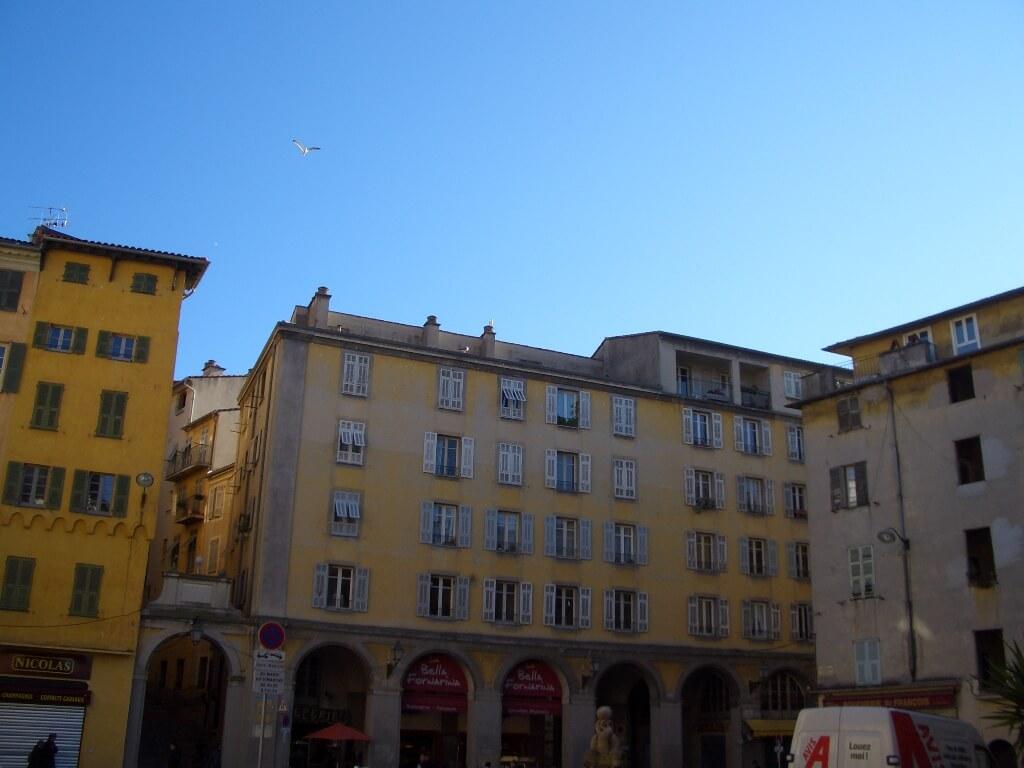 nice-vieux-nice-place-saint-francois