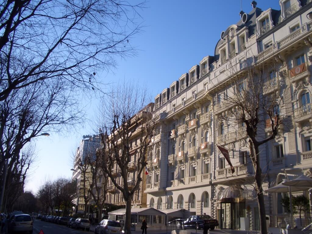 nice-centre-boulevard-victor-hugo
