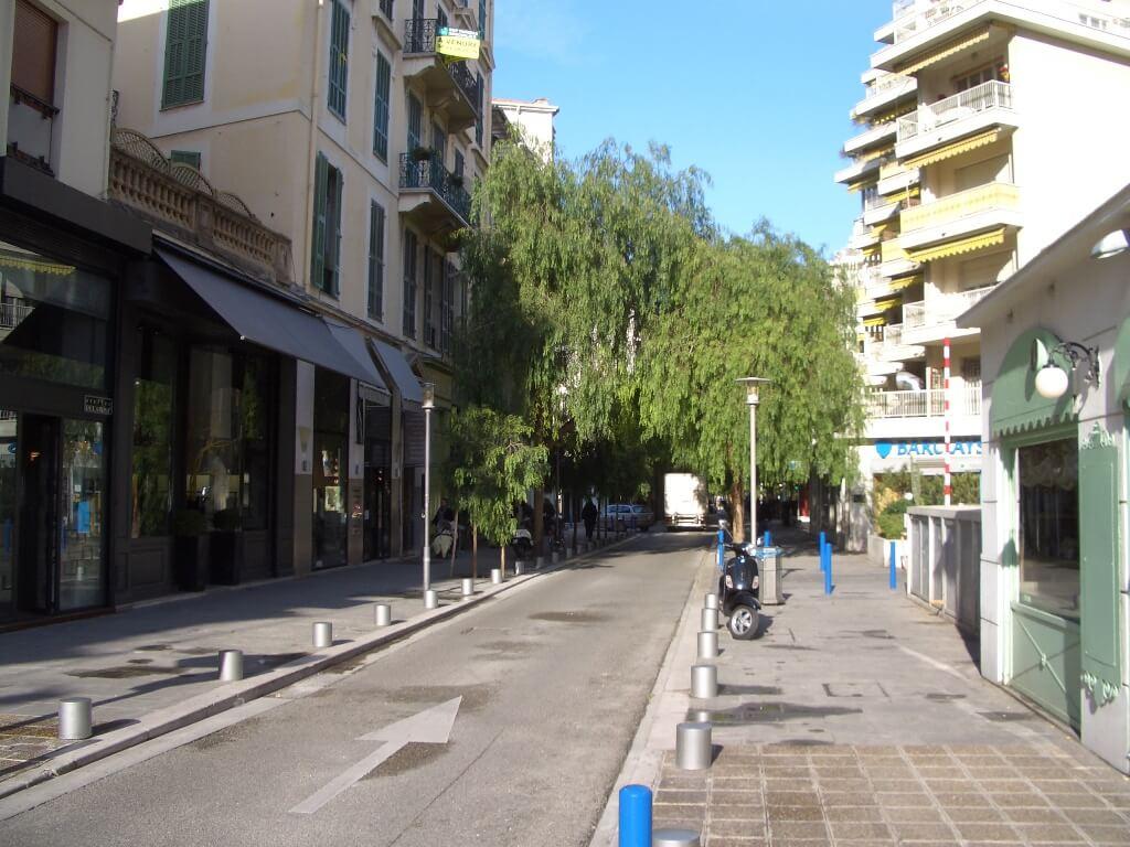 nice-centre-carre-d-or-rue-alphonse-karr