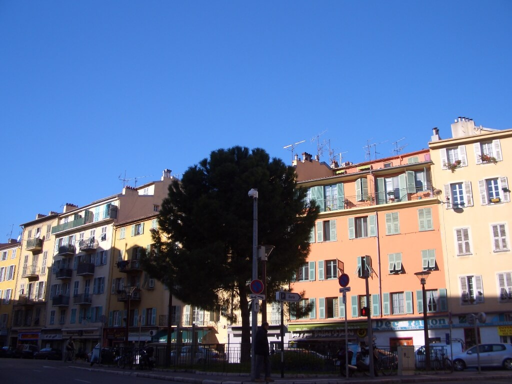 nice-port-place-du-pin